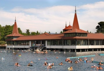 Spa Heviz Thermal Lake